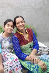 Rushi with her mother during a vacation