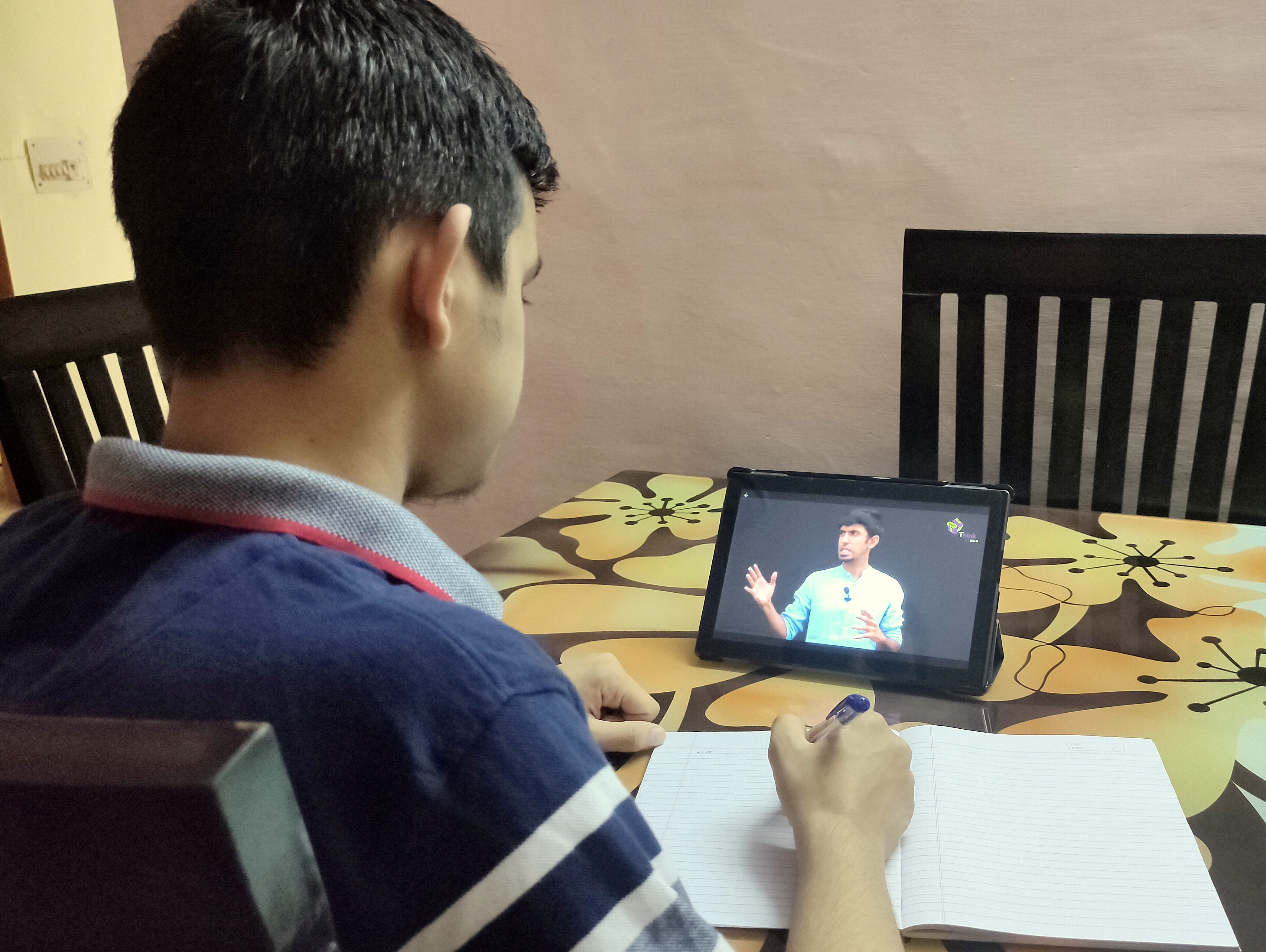 CBSE Class 10th Board Topper Hrishikesh Tiwari studying from BYJUS - The Learning App