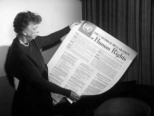Eleanor Roosevelt with the Declaration - Picture