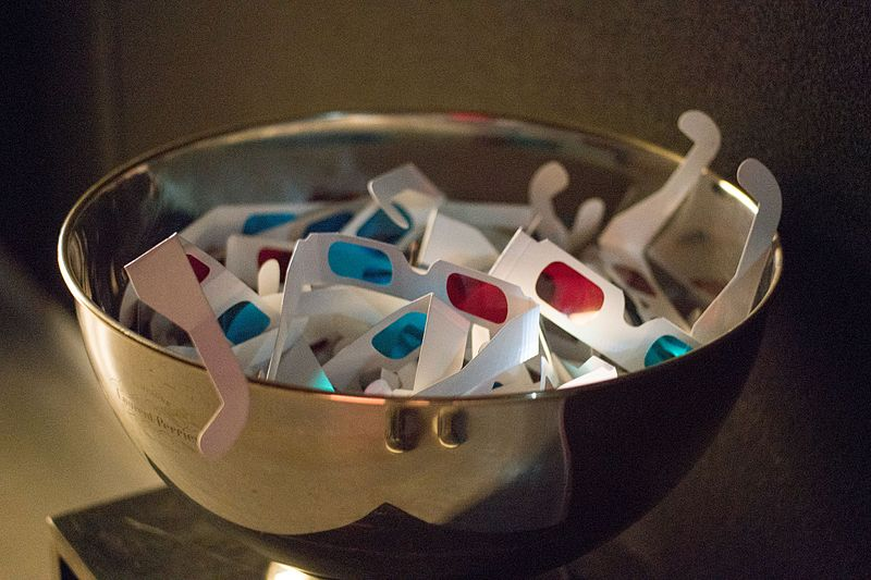 Red and blue 3D glasses in a bowl. Image source: Wikimedia Commons